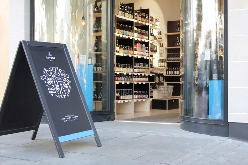 media/image/beyond_beer-store-hamburg-03.jpg
